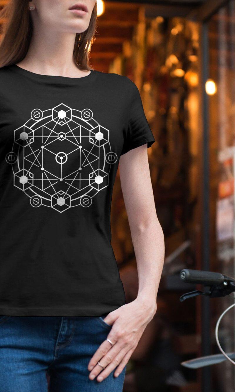 Дамска тениска Mandala W 008